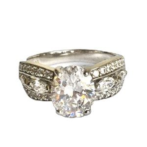 Vintage Style Sterling Silver Faux Diamond Ring CZ